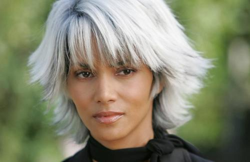 ozinparis-halle-berry-grey-hair
