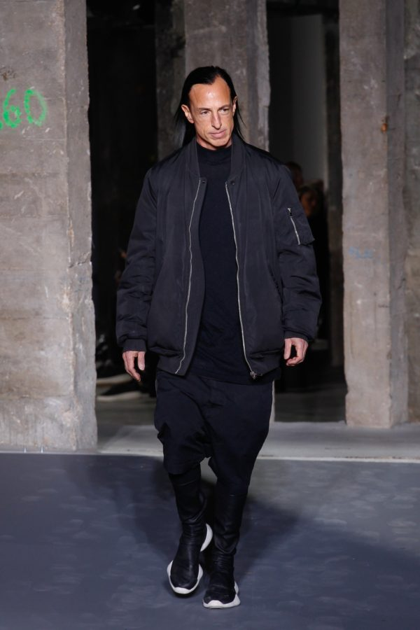 ozinparis-fall-2016-menswear-trends-bomber-jacket-rick-owens